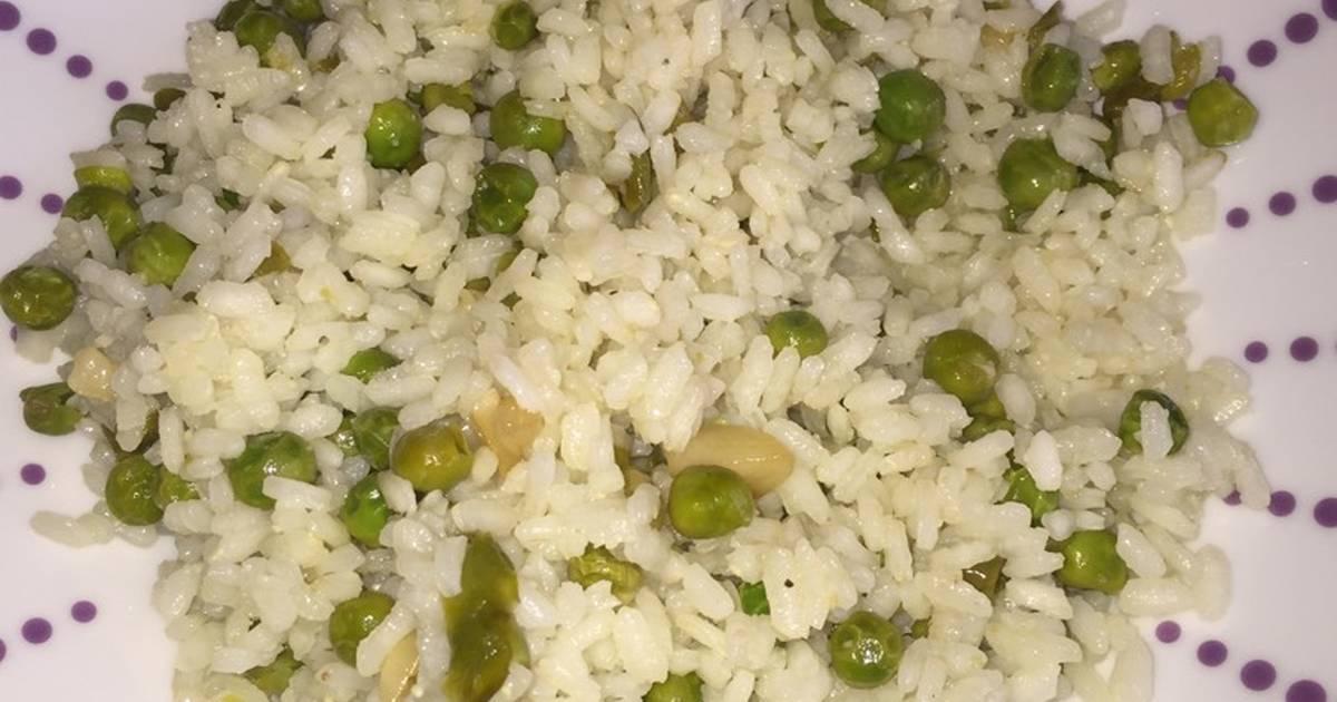 Delicioso arroz con guisantes